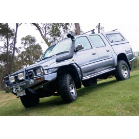Safari Snorkel (300 Series, 2.5L TDI Turbo Intercooled 4cyl. Dsl., 3.9L V8 Petrol, 4/94 On - With ABS)