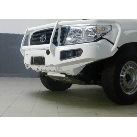 AFN 4x4 Front Bullbar (Toyota Landcruiser 200 Series 2013 - 2016) complete with winch mount and Fog Light Inserts
