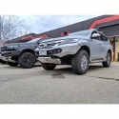 Rhino Evolution Bar (Mitsubishi Pajero Sport)