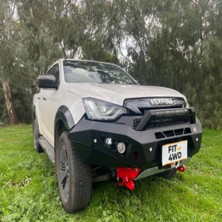 Another new DMax rolls in, another rolls out with an Offroad Animal Predator bar, Supernova Lightbar and a Rhino Winch.   Offroad Animal Supernova Lighting Rhino 4X4 Australia  #fitmy4wd #getfitted