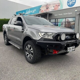 Another Day and another Ford Ranger rolls out the door with a Offroad Animal Predator Bulbar.  Offroad Animal #getfitted #fitmy4wd