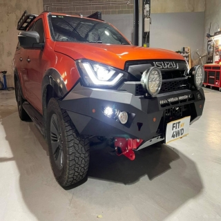 """One killa looking DMax now after being fitted with a Offroad Animal Predator bar, Supernova 20"""" Lightbar and some retro Lightforce LED Lights.   Offroad Animal Supernova Lighting Lightforce Performance Lighting #getfitted #fitmy4wd"""