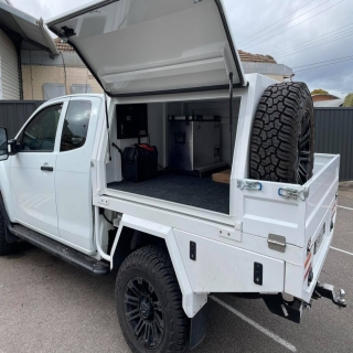 Another slick Dual Battery system installed into a hazard engineering canopy using the one and only Redarc BCDC for Charging, and a SBi12 to give power to an Anderson plug on the towbar.   REDARC Electronics Hazzard Engineering Narva Australia  #getfitted #fitmy4wd