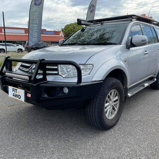 Wanting a clean looking simple design front protection bar, the MCC Falcon Black A frame is the perfect option. This Mitsubishi Challenger optioned for no fog lights.  MCC 4x4 Accessories #fitmy4wd #getfitted